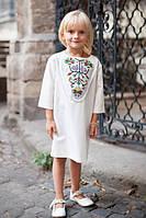 Детское белое платье с вышивкой