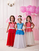 Пышное  детское платье для принцессы с кружевом и бантом