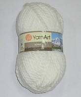 Пряжа YarnArt Альпин, молочная