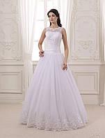 Очаровательное свадебное платье со сказочным бантом
