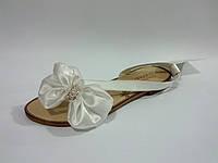 Лаковые женские удобные стильные модные белые сандалии Toto