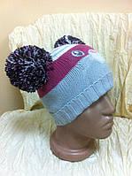 Симпатичная  вязаная детская  шапочка двойная с ушками - помпонами цвет серый + розовый