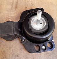 Подушка двигателя правая Renault Master / Movano 2.2 / 2.5dCi 01> (OE RENAULT 8200022596)