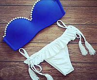 Раздельный синий купальник бандо с кисточками