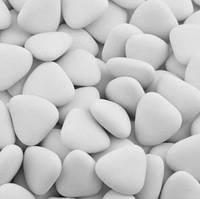 Свадебные конфеты для бонбоньерок белые сердца, драже с шоколадом в форме сердечек 250 г, Киев