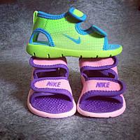 Легкие сандалики Nike