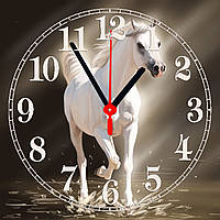 "Часы настенные  ""Белая лошдь""  стеклянные"