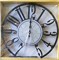 Часы настенные круглые с маятником, 42 см.