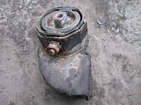 Подушка двигатель верхняя (круглая) в сборе с кронштейном Таврия Славута ЗАЗ 1102 1103