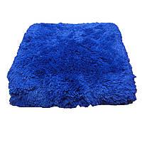 Шикарный ярко синий меховый плед