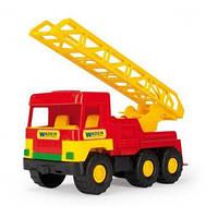 Пожарная машина Wader c раздвижной лестницей и водометом
