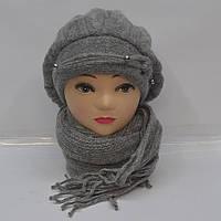 Серая зимняя женская шапка и шарф