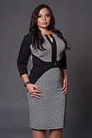 Красивое принтированное женское платье  с черными вставками