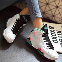 Женские кроссовки джордан