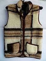 Тёплая жилетка из овчиной шерсти