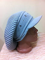 Женская серая демисезонная вязанная кепка