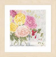 """Набор для вышивки крестом """"Flowers in vase"""" (Цветы в вазе)"""