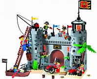 Конструктор брик пиратская крепость 366 дет