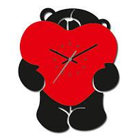 Часы в детскую комнату Мишка
