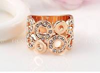 Кольцо с кристаллом,покрытое золотом р 17 код 805