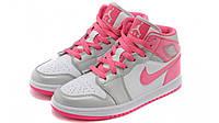 Женские баскетбольные кроссовки Nike Air Jordan 1 Alpha