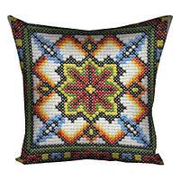 Подушка вышиванка традиционная