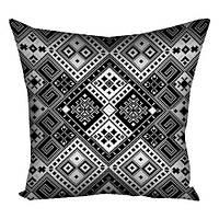 Подушка декор с классической вышивкой