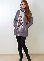 Модная курточка со съемным капюшоном