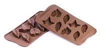 Силиконовая форма для шоколада листики 51х23 мм h 14,5 мм Silikomart SCG10