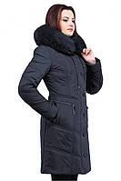 Стильное зимнее пальто с песцовой хвостовой опушке