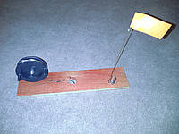 Жерлица  оснащенная на деревянной доске
