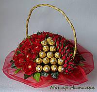 Букет из конфет и роз любимой маме