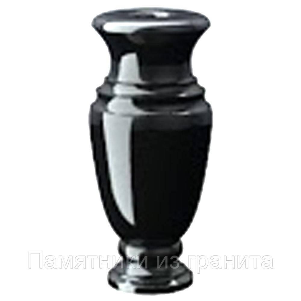 вазы на кладбище