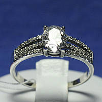 Ювелирное кольцо из серебра с цирконием овальной формы 1038