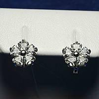 Маленькие серебряные серьги Цветы с белыми камнями 2270