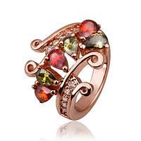 Яркое праздничное кольцо с  крупными красными и зелеными камнями и небольшими стразами 17.5 размер