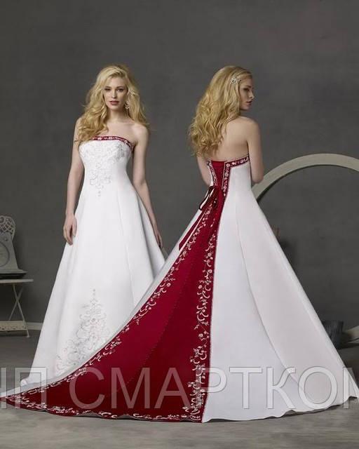 Свадебное платье с красным шлейфом и