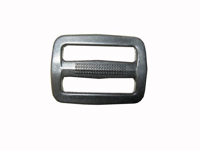 Пряжка (пластик) 2-х щелевая 30 мм (ykk)