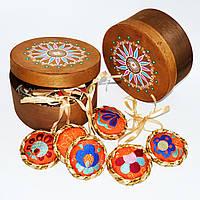 Подарочный набор оранжевых ёлочных украшений в овальной коробке
