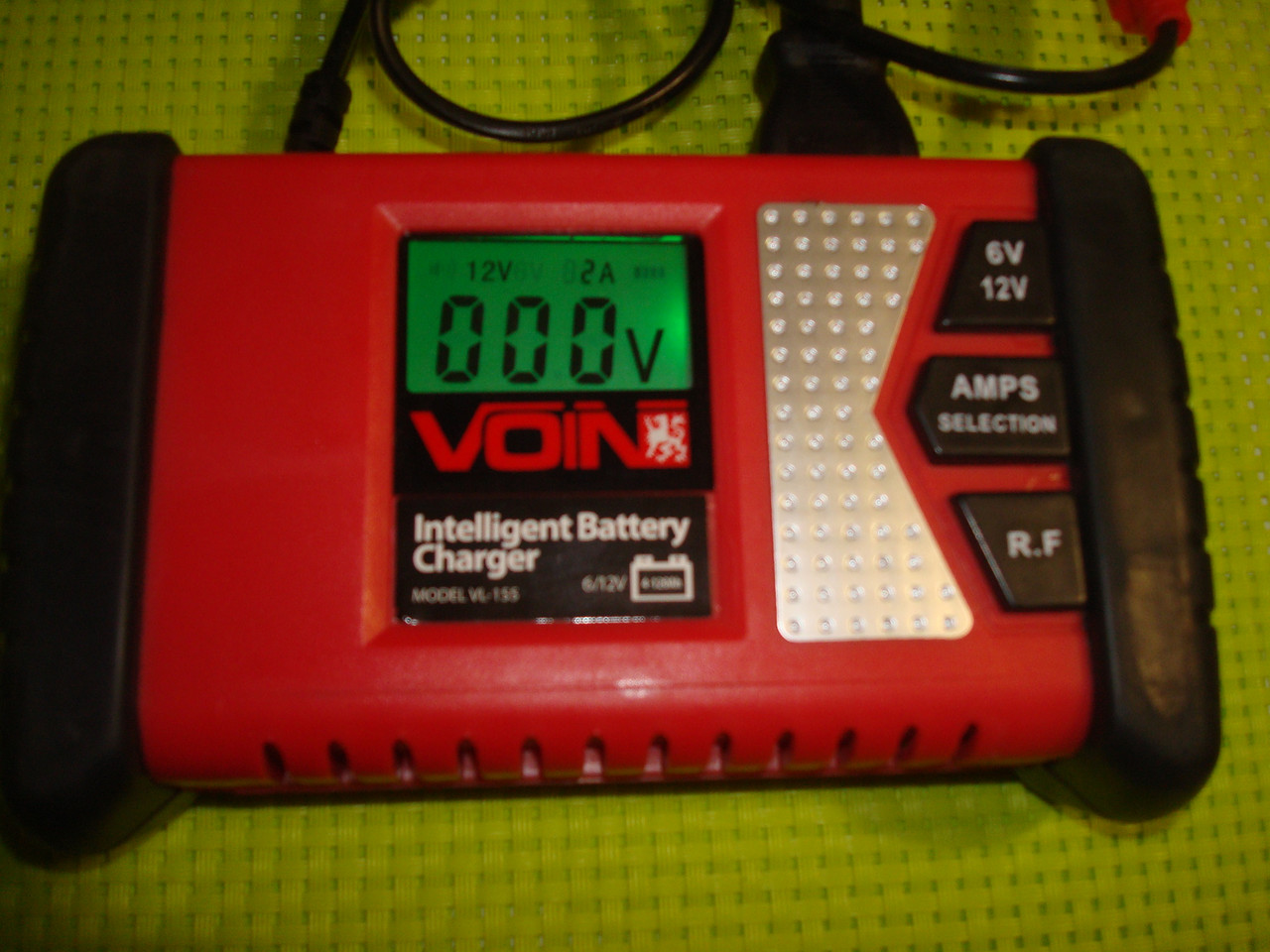 Автомобильное импульсное зарядное устройство для аккумулятора своими