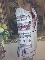 Сукня жіноча ручної роботи на сірому льоні