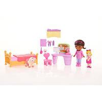 Кукла Дисней (Disney) Набор Доктор Плюшева со Спальней
