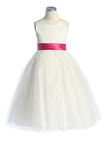 Классическое нарядное платье с поясом на выбор 2-12лет(3 цвета)