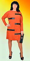 Модное женское платье из замши прямого кроя с вставками из кожи в расцветках