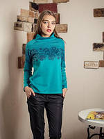 Яркий женский свитшот свободного кроя с цветочным принтом