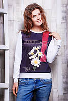 Красивая кофточка молодежная с цветочным принтом и надписью
