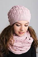 Очаровательный молодежный набор шапка с шарфом-петлей в нежно-розовом цвете