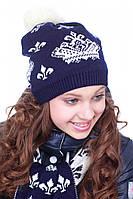 Красивая вязанная шапка для девочек  с помпоном в ярких расцветках