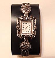 Часы браслет на руку на руку