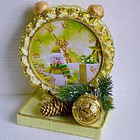 """Символ нового года """"Часы из конфет"""""""